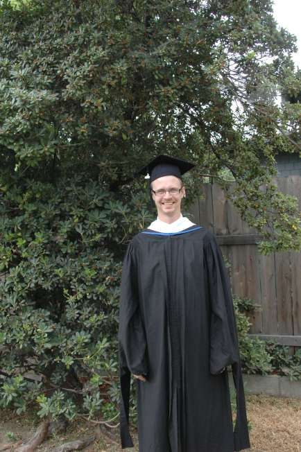 "The Graduate and his ""dementor sleeves"""